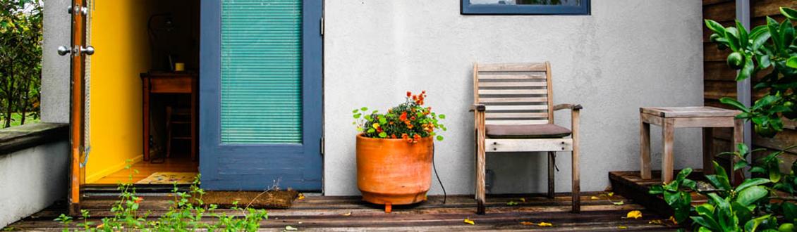 outside-porch-1130x330